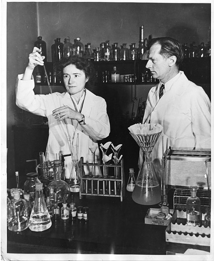 Gerty Theresa Radnitz Cori (1896-1957) and Carl Ferdinand Cori (1896-1984) 1947, courtesy of the Smithsonian Institution Archives.