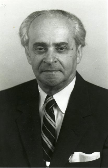 Dr. Samuel M. Neistadt. Gift of Mr. and Mrs. Louis Kaplan. JMM 1985.58.27