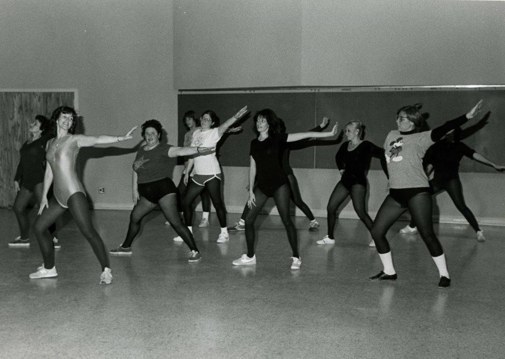 A ladies' dance aerobics class at the JCC, 1981. Gift of the Jewish Community Center of Baltimore. JMM 2006.13.1680